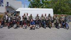 NOMÁDI: Expedice Porto Korado: na mopedech proti větru, část první
