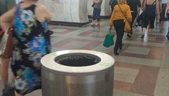 V metru chybí koše na tříděný odpad. Kvůli nedostatku místa a obavám z terorismu, vysvětluje DPP