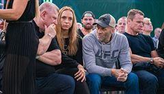 Podívaná pro smetánku. MMA láká Jágra, Strýcovou i kontroverzního lobbistu Rittiga