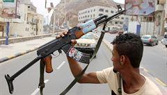 Jemenští povstalci zaútočili drony na saúdskoarabské ropné pole
