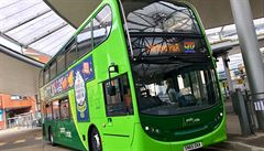 Odmítám řídit autobus, který podporuje homosexualitu, řekl řidič v Norwichi. Firma jej suspendovala