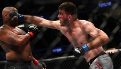 Prestižní turnaj UFC v problémech. Turnaj ohrožuje nakažený zápasník, který porušoval pravidla