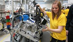 Český průmysl meziměsíčně klesl o 3,6 procenta, na vině je nedostatek součástek ve výrobě