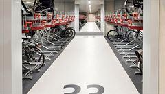 V Utrechtu otevřeli největší parkoviště pro kola, má 12 500 míst