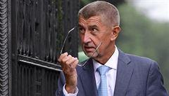 Státní zástupce navrhl zastavit stíhání Babiše. 'Žalobce jsem neovlivňoval já, ale demonstranti,' řekl premiér