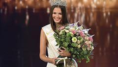Česko-Slovenskou Miss se stala dvacetiletá Klára Vavrušková. Českou Miss je Barbora Hodačová
