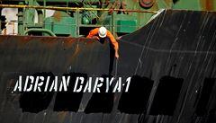 USA umístily íránský tanker na černou listinu, prý pluje do Sýrie