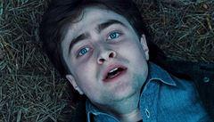 Pitva Harryho Pottera. Na kouzelníka se vrhli vědci