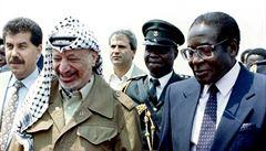 Zemřel někdejší autoritářský prezident Zimbabwe Robert Mugabe. Bylo mu 95 let