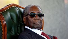 PETRÁČEK: Mugabe byl muž rasové revanše, hrobař úspěchu Zimbabwe