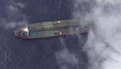 Satelitní snímky potvrdily, že íránský tanker, který byl propuštěn Gibraltarem, i přes zákaz doplul do Sýrie
