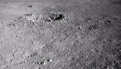 Záhada z odvrácené strany Měsíce. Nefritový králík 2 objevil 'neobvykle zbarvenou gelovitou látku'