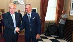 Vlivný poradce britského premiéra Johnsona Dominic Cummings opustil svou funkci