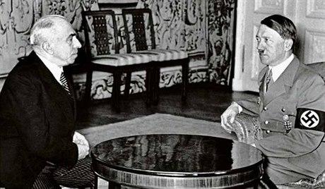 Hácha si v Berlíně vyslechl ortel. Po Hitlerově hrubém nátlaku prezident 'svěřil zemi pod ochranu říše'