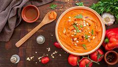 Španělská omáčka z paprik, rajčat a mandlí. Jak na Romesco?