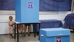 První průzkumy z izraelských voleb naznačují těsný výsledek. Netanjahu zjevně nemá většinu