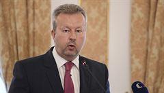 Česko by mohlo do rozpočtu EU odvádět za nerecyklované plasty dvě miliardy ročně, řekl ministr Brabec