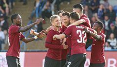 Sparta vydřela výhru v Jihlavě, Škoda sestřelil Vyšehrad s hercem Štáfkem čtyřmi góly