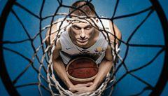 Snad jsme pár rodičů a dětí přesvědčili, že je basketbal fajn sport, doufá kapitán reprezentace Pumprla