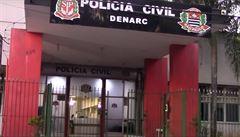 VIDEO: Češka údajně chtěla z Brazílie propašovat drogy. Skrývala je v replice slavného obrazu