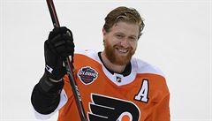 Návrat NHL do Prahy po devíti letech byl v režii Voráčkovy Philadelphie, Chicago porazila 4:3