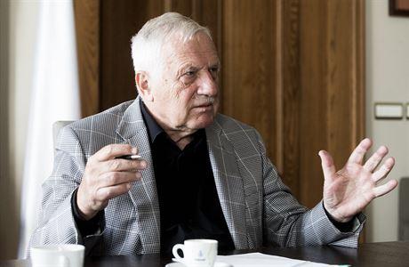 Havel byl z jiného těsta, vzpomíná exprezident Klaus v rozhovoru pro LN