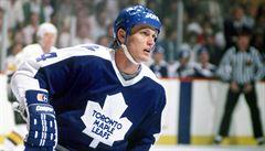 Zářil už jako teenager, emigrace však jeho kariéru v NHL zakryla. Nespoutaný Fryčer byl tahoun na ledě i v hospodě