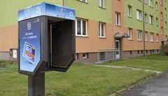 Telefonní automaty v centru Prahy začínají mizet. Budky chce radnice využít k dalším účelům