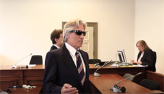 Lupič-vypravěč mluvil u soudu 20 hodin. Líčil historky z vězení, citoval Schillera