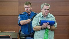Soud udělil Bartákovi další trest, celkem má ve vězení strávit 20 let. Spiknutí proti mně, reagoval lékař