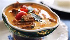 VIDEO: Red Curry Duck. Jak na thajské kari s kachnou?