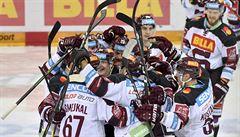 Sparta udolala po prodloužení Pardubice a zvítězila pošesté v řadě, Boleslav přestřílela Kladno