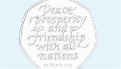 V Británii razili brexitovou minci s datem 31. října. Teď její výrobu zastavili