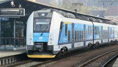 V Praze-Běchovicích vlak srazil muže, který na místě zemřel. Provoz byl omezen