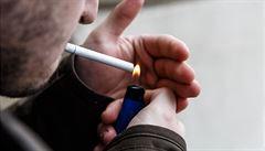 Jsou kuřáci opravdu méně ohroženi covidem? Autoři studie byli napojeni na tabákovou lobby