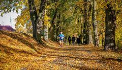 Do konce října se budou teploty pohybovat okolo 12 stupňů Celsia. Po Dušičkách se ochladí