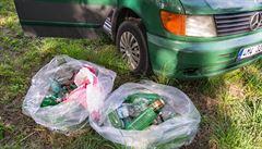 NOMÁDI: Cestovatelům došla trpělivost s odpadky. Vyhlásili akci 'Ohni hřbet'