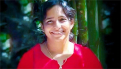 Šest smrtí v jedné rodině za posledních čtrnáct let. Policie konečně našla vražedkyni, byla jí 47letá snacha