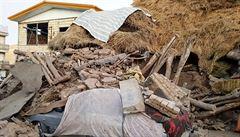 Írán zasáhlo zemětřesení, vyžádalo si nejméně šest mrtvých a přes 300 zraněných
