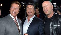 Arnold Schwarzenegger, Sly Stallone a Bruce Willis budou 'Nahraditelní'