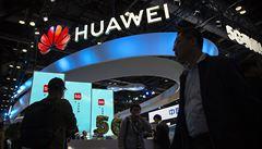 Francie Huawei nezakáže, provozovatele 5G sítí ale bude od společnosti odrazovat