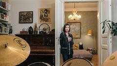 Jak bydlí designéři: bicí v obýváku, nábytek z Vietnamu a kuchyň jako středobod bytu