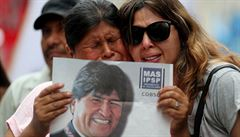 ANALÝZA: Pád 'soudruha Eva' šokoval Caracas. Exprezident Morales prchl do Mexika, obrátila se proti němu i armáda