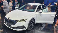 Prodej aut se za leden a únor propadl o 19 procent na necelých 30 tisíc vozů