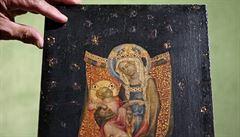 Aukční drama. Obraz Mistra vyšebrodského oltáře se vydražil za 128 milionů, novým majitelem je Metropolitní muzeum