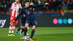 Lewandowskiho čtyřbrankový rekord i Mourinhův úspěšný návrat. Real, Tottenham i Juve postupují