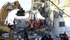 Počet obětí zemětřesení v Albánii vzrostl na 30, města vylekal nový silný otřes