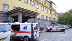 Ředitel Nemocnice Na Františku rezignoval. Kvůli obvinění z manipulování zakázky