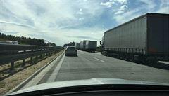 D1 kolabovala kvůli americkým konvojům, některé byly zastaveny. 'Je to krizová situace,' řekl Babiš