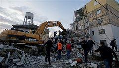 Úterní zemětřesení v Albánii bylo nejhorším v zemi od roku 1979. Počet obětí vzrostl už na 46